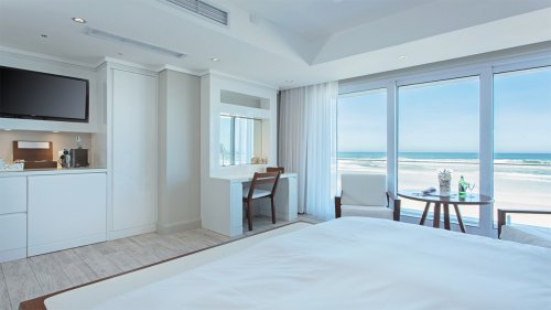 on-the-beach-wilderness-suite-6b